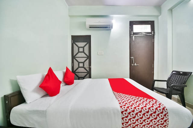 OYO 61364 Hotel Bliss By Arn Group