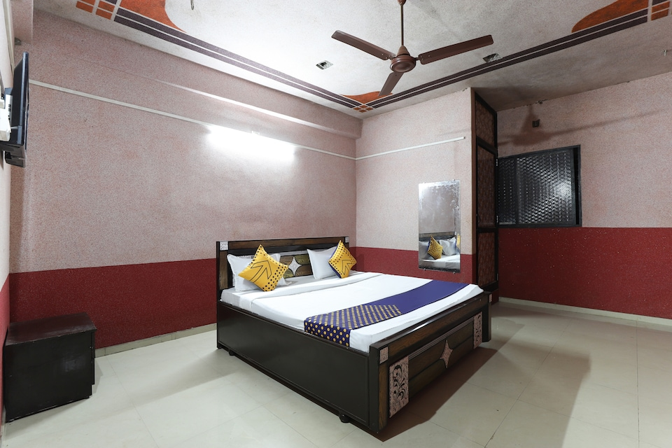 SPOT ON 61406 Murlidhar Hotel And Guest House