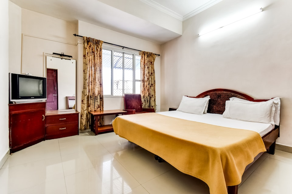 SPOT ON 61411 Hotel New Rajadhani
