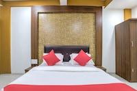 OYO 61456 Hotel The Samrat