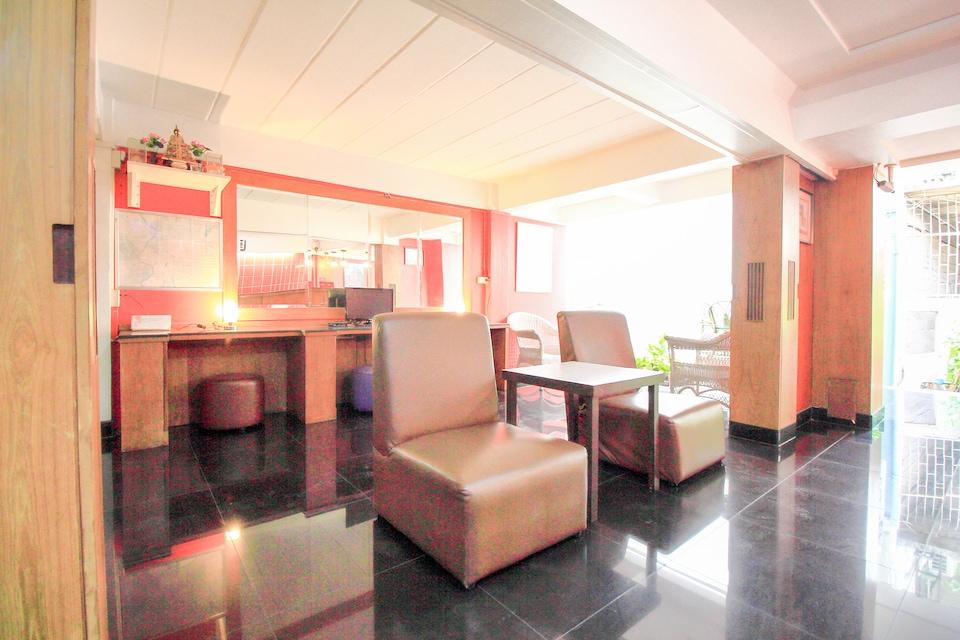 OYO 335 Top Inn Khaosan