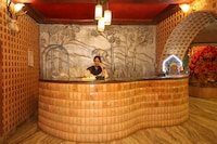 OYO 61547 Hotel Raj Palace