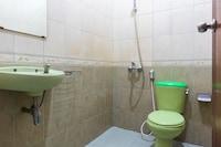 OYO 1682 Greenia Hotel