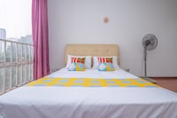 OYO Home 89467 Comfortable 2br Holiday Place
