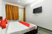 OYO 61554 Hotel Grand Sita Blue