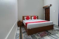 OYO 61581 Krisjal Inn