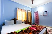 SPOT ON 61585 Patra Palace