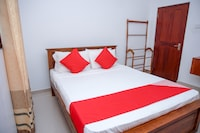 OYO 380 Sapphire Home Stay