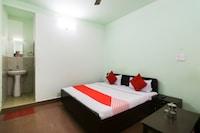 OYO 61642 Uma Shree Hotel
