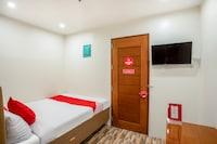 OYO 421 Deck 360 Dormitel