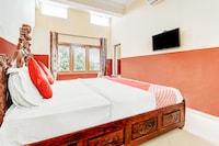 OYO 61672 Karni Raj Palace