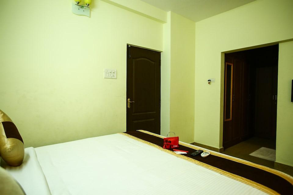 OYO 810 Apartment T Nagar