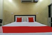 OYO 61677 Hotel Royal Castle  Deluxe