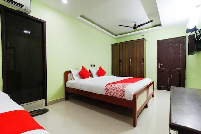OYO 61704 Sri Kamatchi Hotel Deluxe