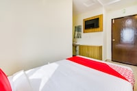 OYO 61738 Hotel Anu Grand Saver