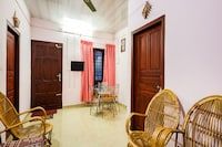OYO Home 61746 Iris Home Stay 2BHK