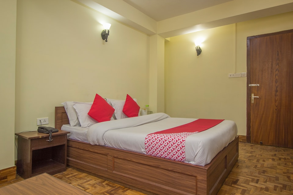 OYO 61775 Hotel Sunrise Residency