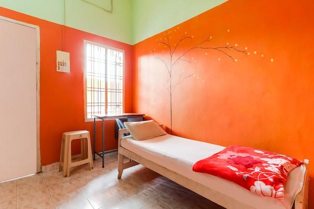 SPOT ON 61820 Zaina Tourist Home SPOT