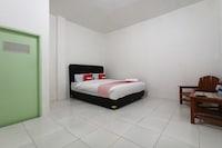 OYO 1705 Lyfriska Residence