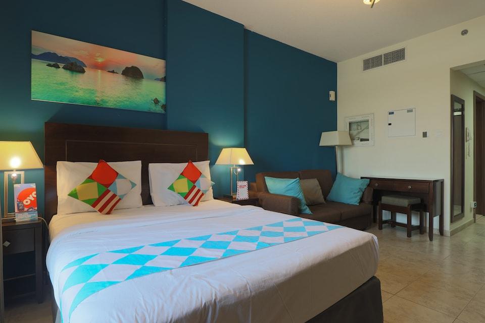OYO 323 Home 417, Imperial Residence Tower B, Studio, Jumeirah Village Circle Dubai, Dubai