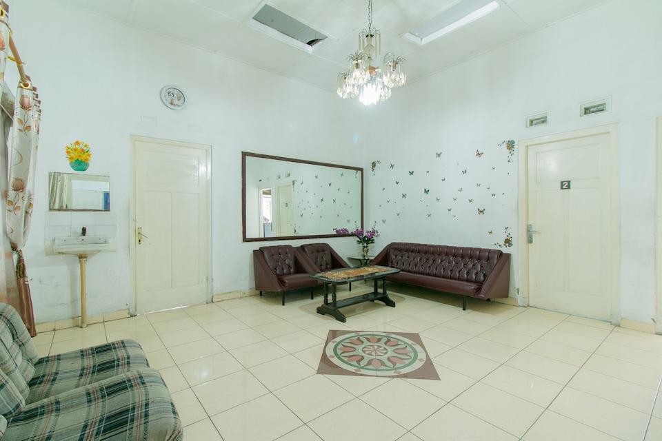 SPOT ON 1707 Hotel Mustika Widyasari