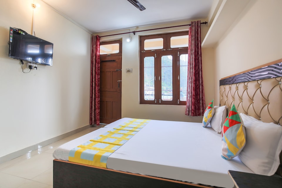 OYO Home 61873 Scenic Stay  Mithanal