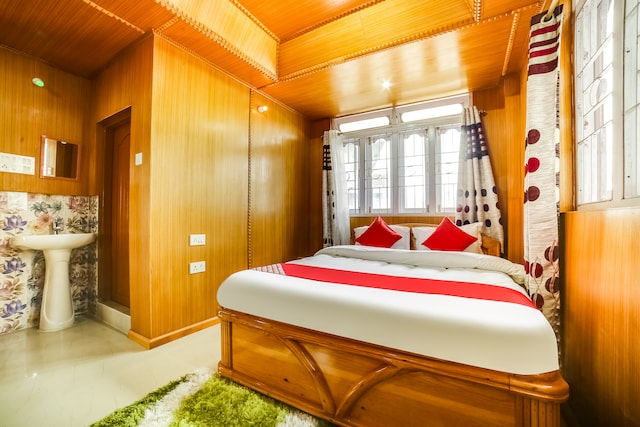 OYO 61874 Hotel Nirvana Residency Deluxe