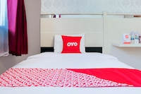 OYO 1710 Hotel Budi Famili 2