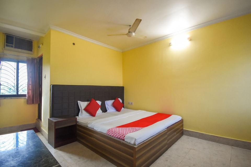 SPOT ON 61922 Ubique Hotel