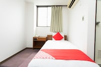 OYO Hotel Business Mitsuya Ube Chuocho