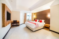 OYO Capital O 89508 Four Seasons Ruili Hotel