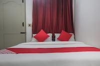 OYO 61982 Hotel Iceberg