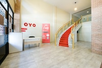 OYO 347 Southside Residence