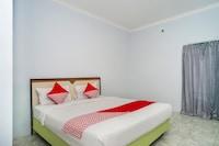 OYO 1745 Guest House Nur Aziziah 2