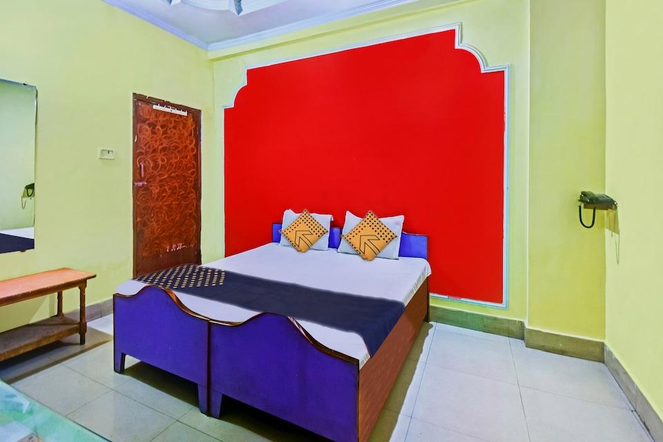 SPOT ON 62077 Hotel Ratnakar Plaza, Lashkar, Gwalior