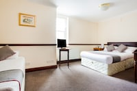 OYO Brunel Inn