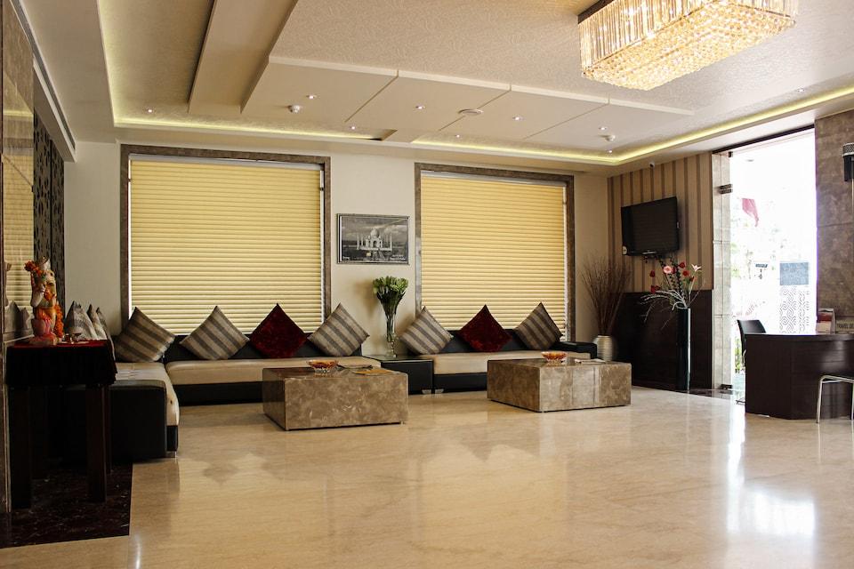 OYO 814 Hotel Taj Vilas