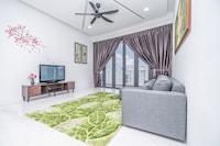 OYO Home 89515 Plush 3br Arte S