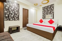 OYO 62210 Travellers Inn Hotel And Conferences