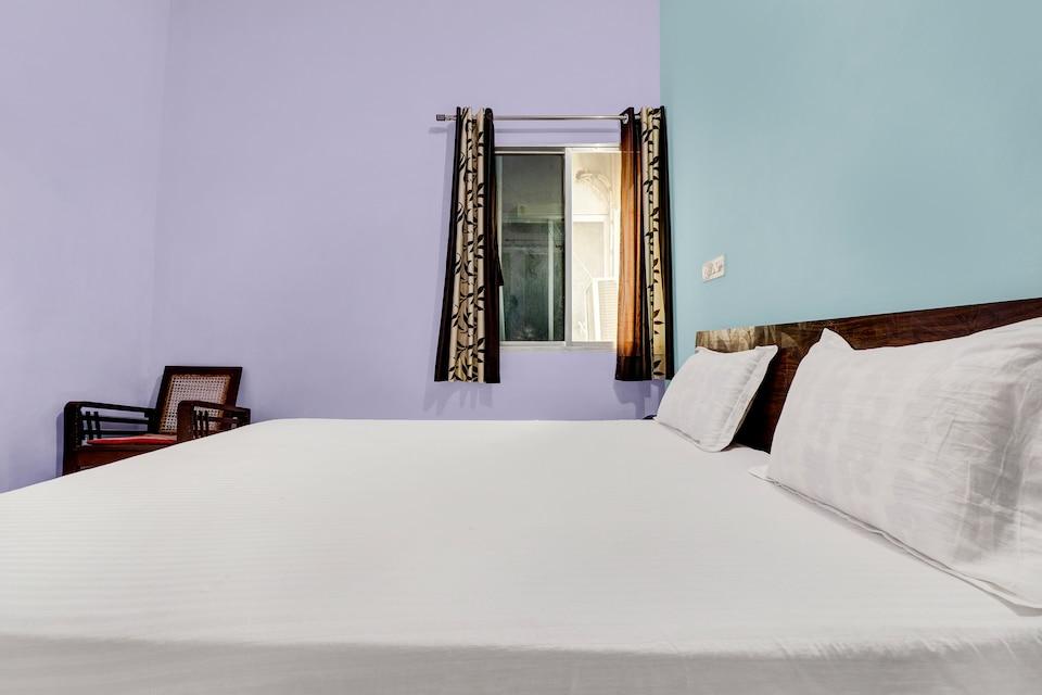 SPOT ON 62216 Hotel Shahi Niwas