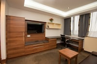 OYO Livin' Serviced Apartments