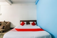 OYO 62218 Hotel India Residency