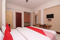 OYO 5043 Ratnakar Days' Inn