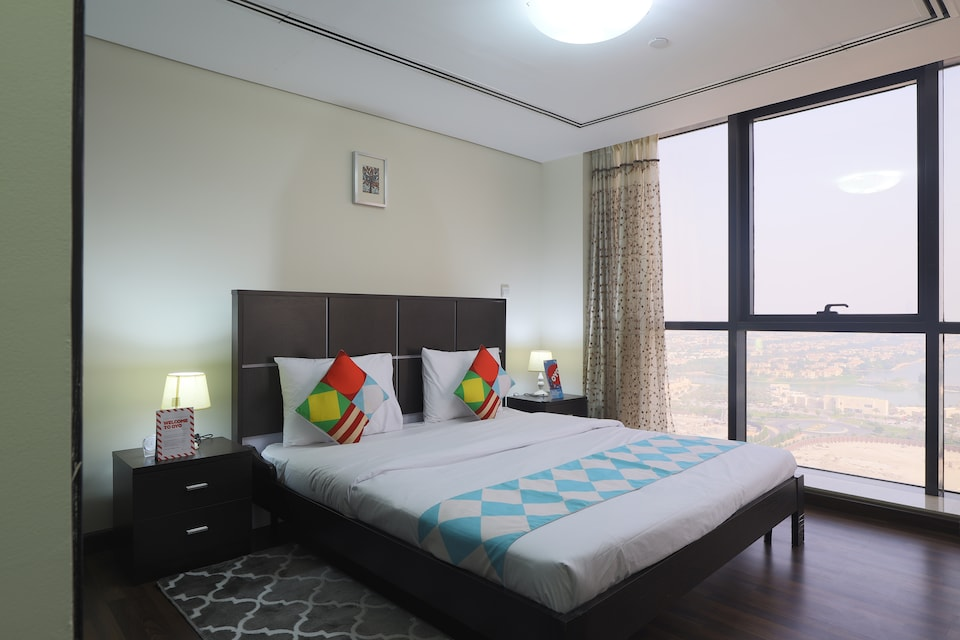 OYO 330 Home Gold Crest Views 2, 2BHK