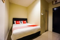 OYO 1769 Rid's Hotel
