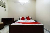 OYO 62282 Elora Guest House