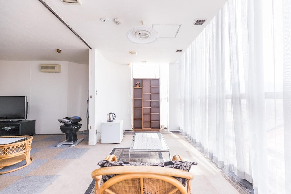 OYO Joetsu Central Hotel Takada-Nakamachi, Joetsu, Joetsu