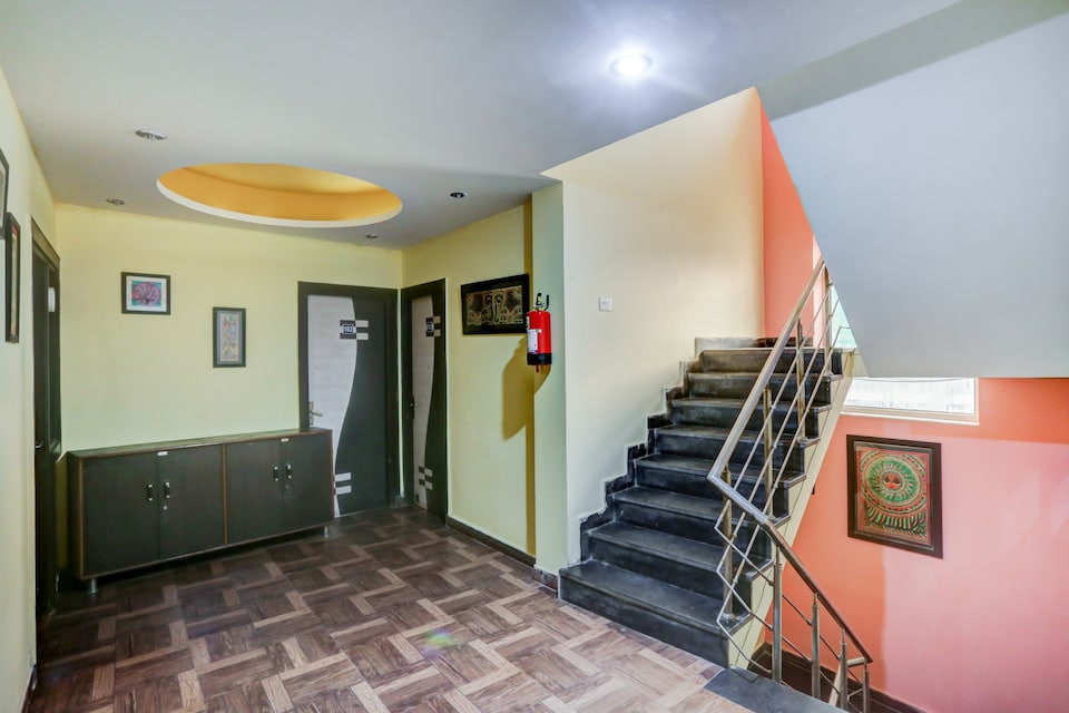 OYO 62291 Parth Residency