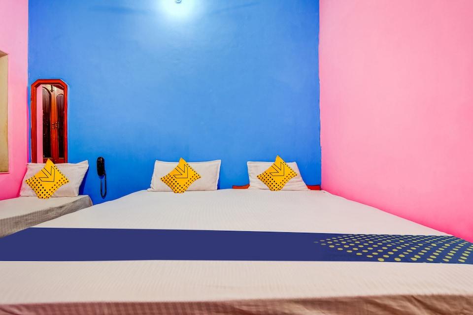 SPOT ON 62350 Sarnath Guest House
