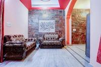 OYO Home 62437 Radiant 2BHK Apartment Dehradun